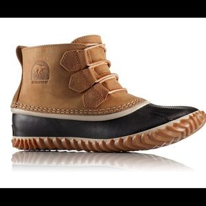 Sorel Out N About Leather Elk/Black Boots